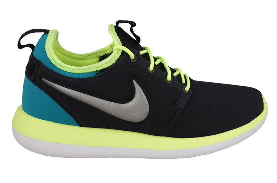 BUTY NIKE ROSHE TWO (GS) 844653 003