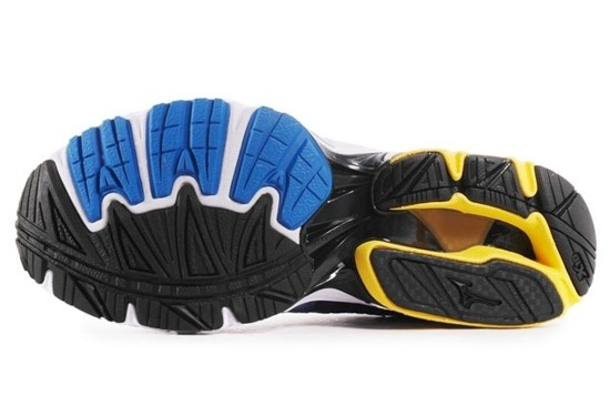 buty do biegania MIZUNO WAVE NEXUS 8KN35045