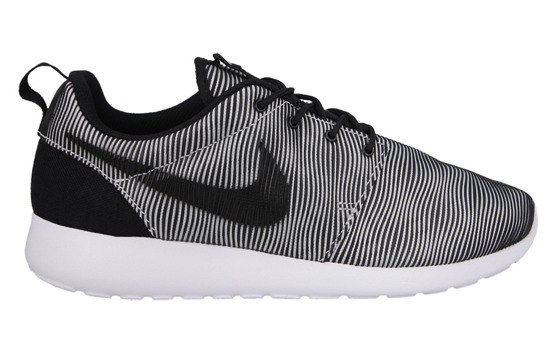 MEN'S SHOES  NIKE ROSHE ONE PREMIUM PLUS 807611 100